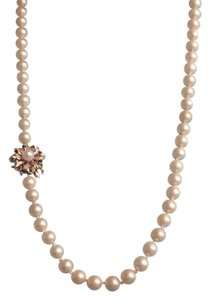 8mm cultured pearl necklace/14k gold & sapphire clasp