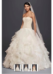 Oleg Cassini Oleg Cassini Ball Gown Wedding Dress