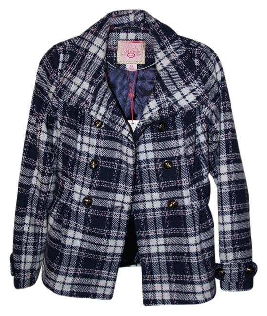 Preload https://item1.tradesy.com/images/macy-s-trench-coat-size-2-xs-2052195-0-0.jpg?width=400&height=650