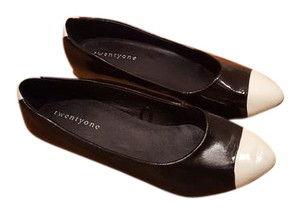Forever 21 Detail Toe Detail Leather black, white tip and heels Flats