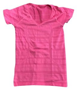 lululemon swiftly tech short sleeve T Shirt pink