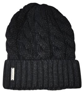 Soia & Kyo Soia & Kyo Olivia Cable Knit Winter Hat
