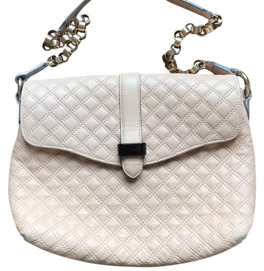 Preload https://img-static.tradesy.com/item/20522758/marc-jacobs-quilted-chain-link-purse-oatmeal-leather-shoulder-bag-0-1-540-540.jpg