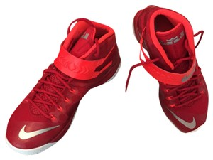 Nike zoom soldier V111 TB men's 10.5 red and metallic /crimson Athletic