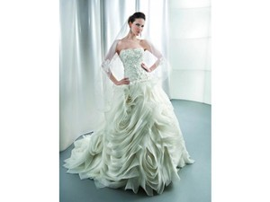 Demetrios Demetrios Gr238 Wedding Dress