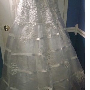 Oleg Cassini Cwg344 Wedding Dress