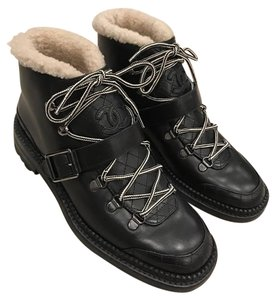 Chanel Biker Shearling Quilted Ankle black Boots