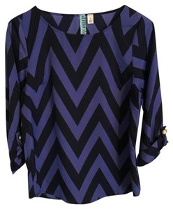 Francesca's Top Navy and Blue
