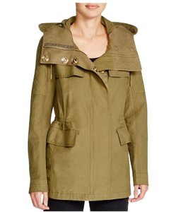 Burberry Trench Knightsdale Hooded Anorak Trench Coat