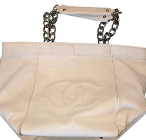 Chanel Tote in winter white