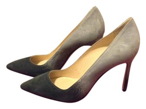 Manolo Blahnik Suede Gray Pumps