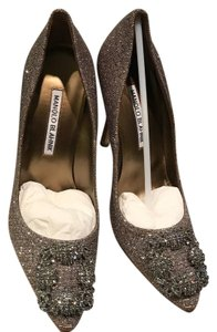 Manolo Blahnik Jeweled Gold Hangisi 100mm gold Pumps
