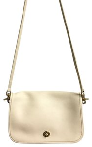 Coach Vintage Leather Cream Gold Hardware Front Flap Cross Body Bag
