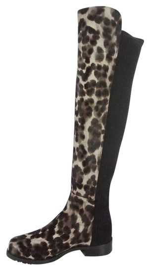 Preload https://img-static.tradesy.com/item/20524567/stuart-weitzman-leppord-bootsbooties-size-us-8-regular-m-b-0-1-540-540.jpg