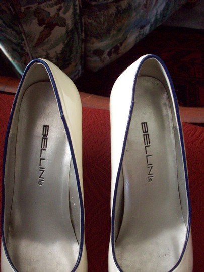 Bellini Cream and Navy Gold Buckle Pumps