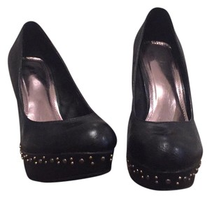 Breckelle's black Platforms