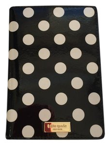 Kate Spade NEW!!! CARLISLE STREET PASSPORT HOLDER