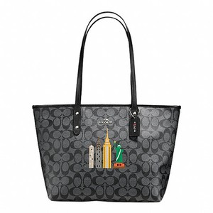 Coach Tote in Black Smoke / Black