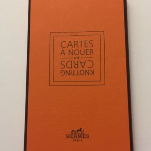 Hermès BNIB AUTHENTIC HERMES KNOTTING CARDS NO. 6 - HOW TO TIE A SCARF