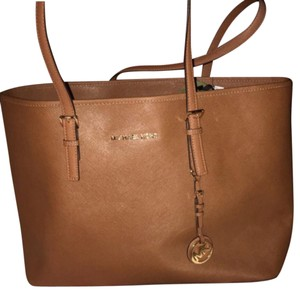 Michael Kors Tote in chestnut brown