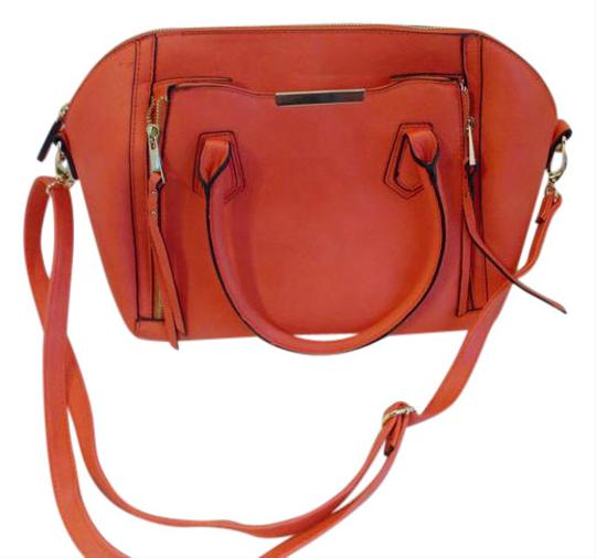 Preload https://img-static.tradesy.com/item/20525285/mossimo-supply-co-handbag-with-removable-strap-bright-red-faux-leather-cross-body-bag-0-1-540-540.jpg