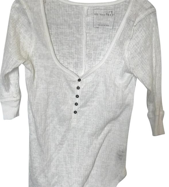 Preload https://item2.tradesy.com/images/free-people-white-p636u729-blouse-size-8-m-20525771-0-1.jpg?width=400&height=650