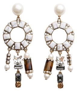 Ann Taylor geometric statement earring