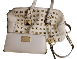Michael Kors Studded Sassy Fun Edgy Chains Satchel in white
