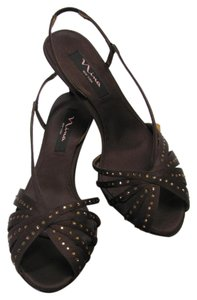 Nina Rhinestones Size 9.00 M Excellent Condition Brown Sandals