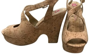 Elaine Turner Wedges