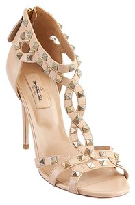 Valentino Rockstud Rockstud Leather Heels Beige Pumps