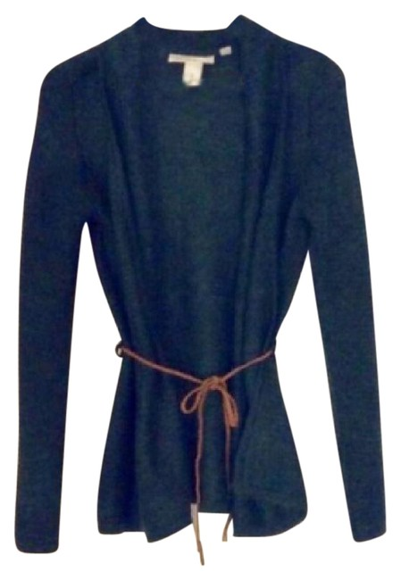 Preload https://img-static.tradesy.com/item/20526506/h-and-m-green-moss-sweater-with-braided-belt-cardigan-size-4-s-0-1-650-650.jpg