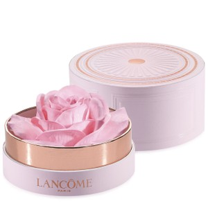LA Rose Blush Poudrer Highlighter