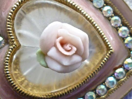 Other ENAMEL HEART BROOCH W/FAUX CAMPHOR GLASS-CERAMIC ROSE-AB CRYSTALS Image 1