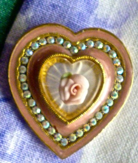 Other ENAMEL HEART BROOCH W/FAUX CAMPHOR GLASS-CERAMIC ROSE-AB CRYSTALS Image 2