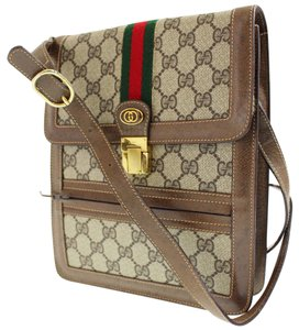 Gucci Gold Hardware Removable Strap Multiple Compartment Great For Travel brown large G logo print coated canvas & leather with red/green stripe Messenger Bag
