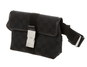 Gucci Hardware Gg Black, Silver Messenger Bag
