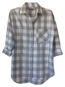 Old Navy Button Down Shirt Grey and white checkered pattern
