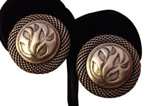 Anne Klein Vintage 60s Anne Klein Pewter Embossed Flower Rope Edge Clip Earrings