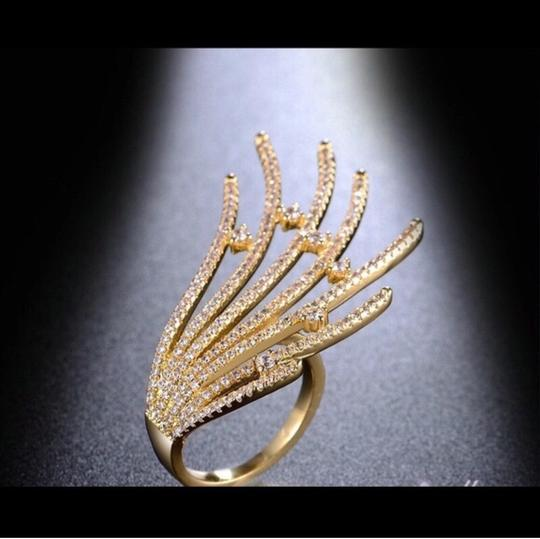 Other Women's Crystal Ring 18k Image 2