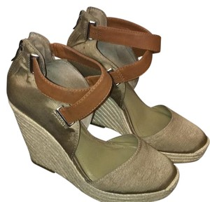 BCBGeneration khaki/brown Wedges