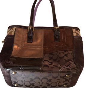 Coach Tote in Browns/Gold