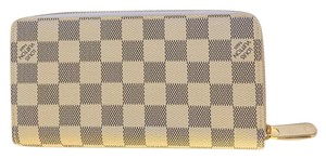 Louis Vuitton Damier Azure Zippy Wallet