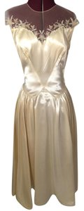 Ivory/Gold Satin From 40's Or 50's Vintage Wedding Dress Size 6 (S)