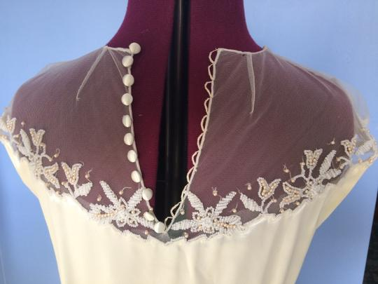 Ivory/Gold Satin From 40's Or 50's Vintage Wedding Dress Size 6 (S) Image 3