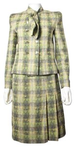 Chanel SUIT - US 6 - 38 - GREEN YELLOW SPRING TWEED JACKET SKIRT CC PLEATED