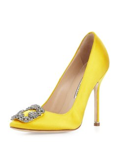 Manolo Blahnik Pump Yellow Pumps