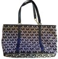 Michael Kors Tote in blue Image 0