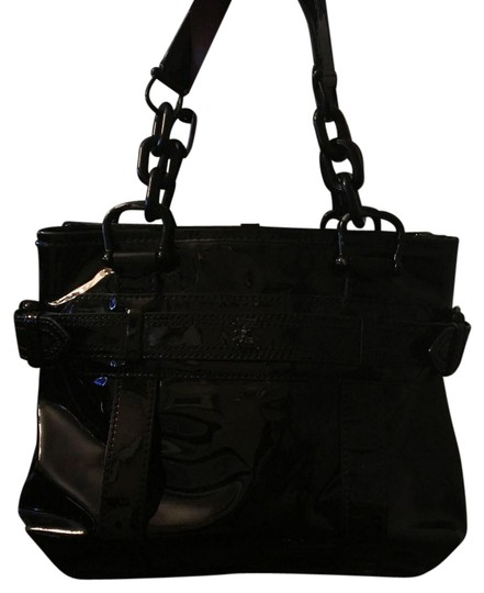 Preload https://img-static.tradesy.com/item/20528917/burberry-black-patent-leather-satchel-0-1-540-540.jpg