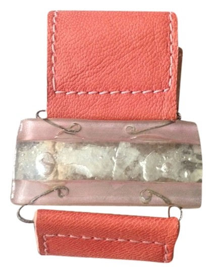 Preload https://item2.tradesy.com/images/coral-stone-and-leather-bracelet-2052906-0-0.jpg?width=440&height=440